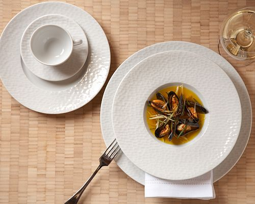 Williams-Sonoma Apilco ... & The Hunt for New Dinnerware u2013 Eat. Drink. Smile.