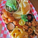 puckettts-boathouse-sampler-plate2