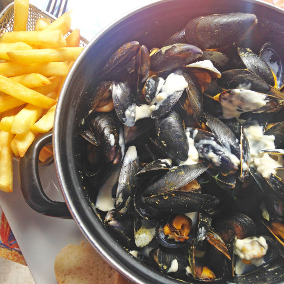 Paris-Verdun-Mussels-Frites