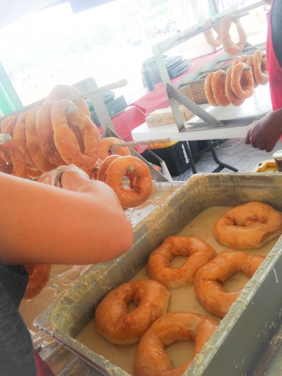 Bonnaroo-Amish-Donuts-1