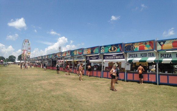 Bonnaroo-Food-Stations